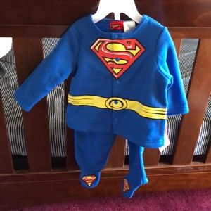 Other - NWT Superman 2 piece sleeper